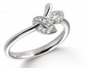 铂金钻戒是一种完美搭配