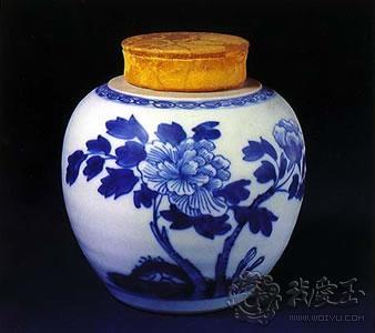 青花瓷中的牡丹花纹饰