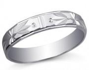 铂金戒指在日常佩戴中的保养