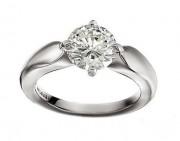 铂金戒指,爱情最完美的守护者