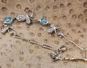 如何把银饰品戴出自己的风格