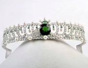 欣赏 | 二十克拉绿碧玺王冠