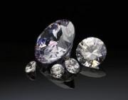 肉眼识别钻石真伪