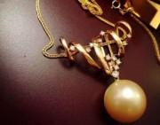 欣赏 | 珍珠中的大金珠