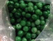 问答    看中了一堆翡翠绿珠子,十元一粒?